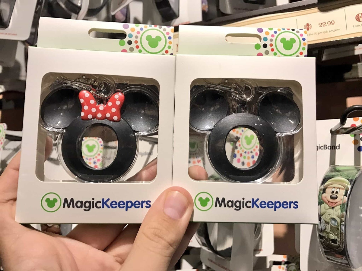 MagicKeeper accessories for the MagicBand 2