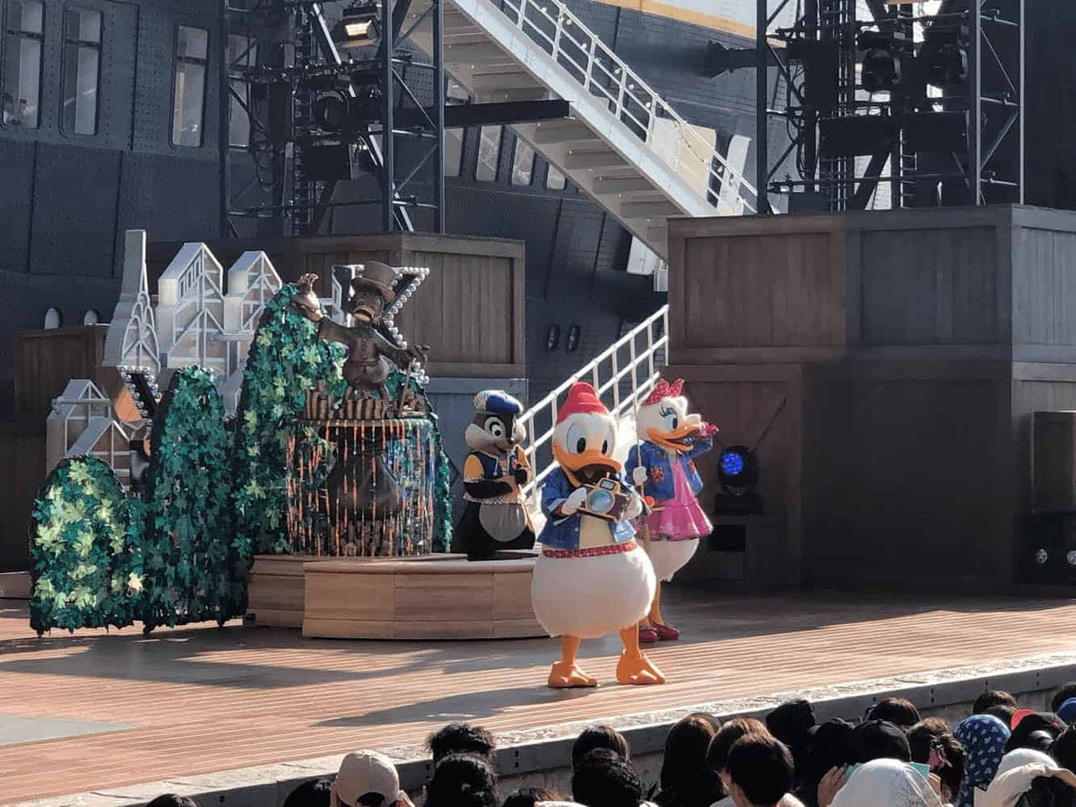 DisneySea Hello, New York Scene by Joshua Meyer