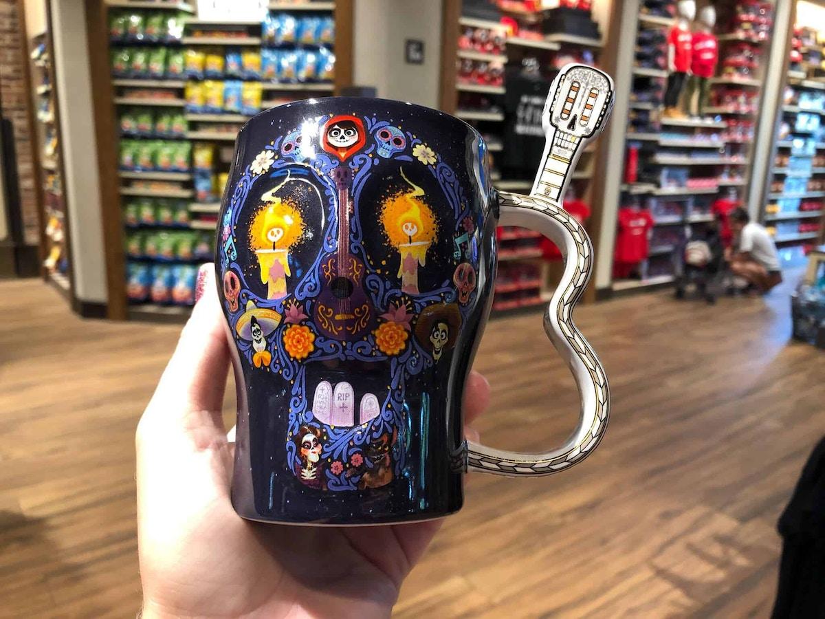 Coco Guitar Handle Mug