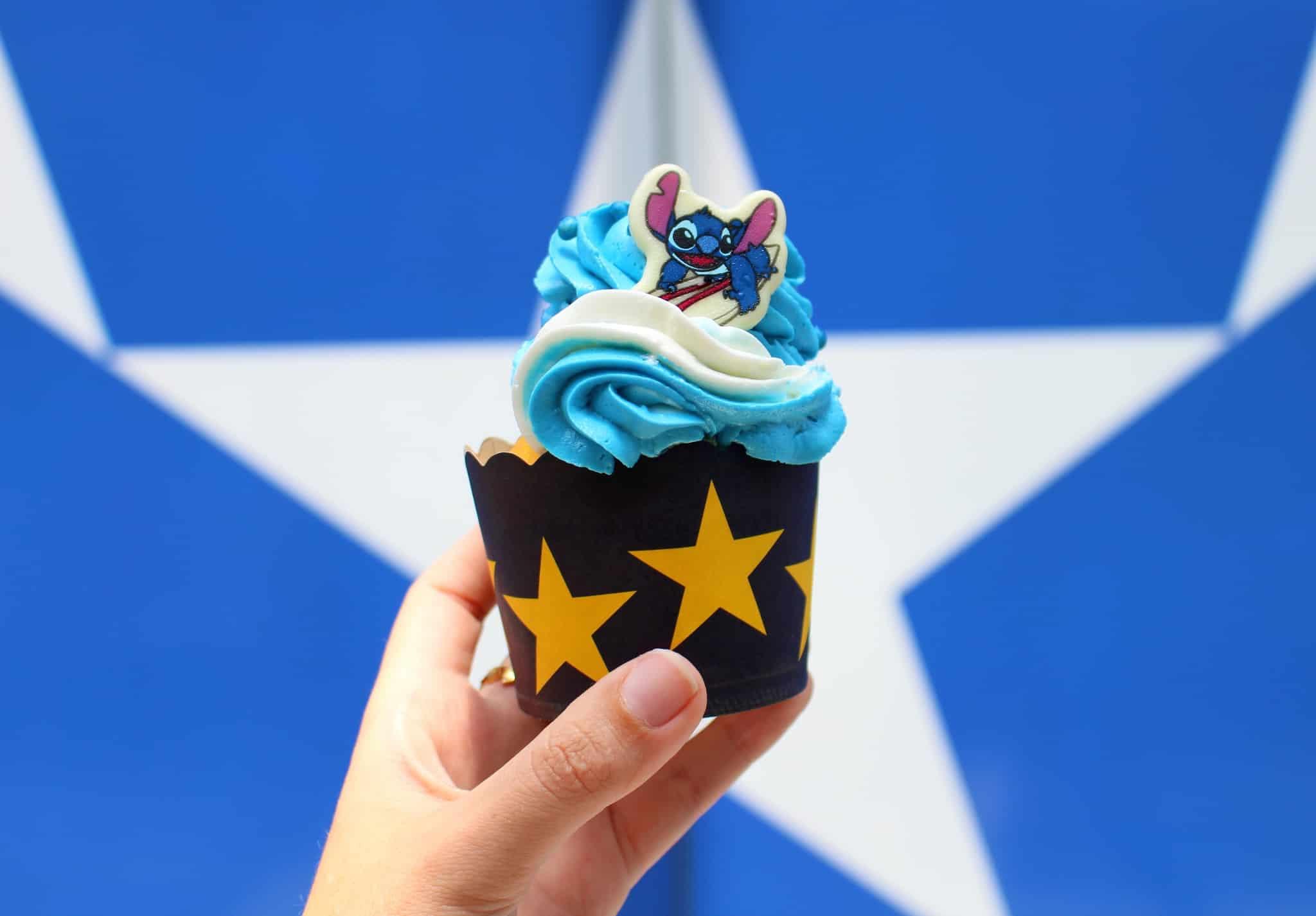 stitch cupcake