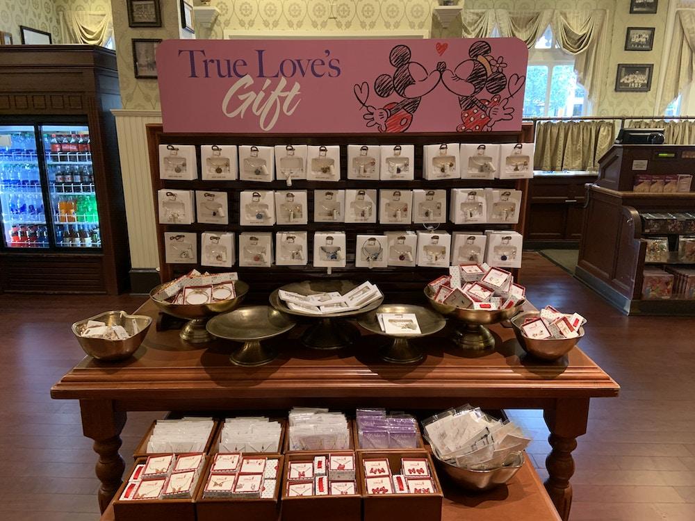 Valentine's Signs MK 1/19/20 1