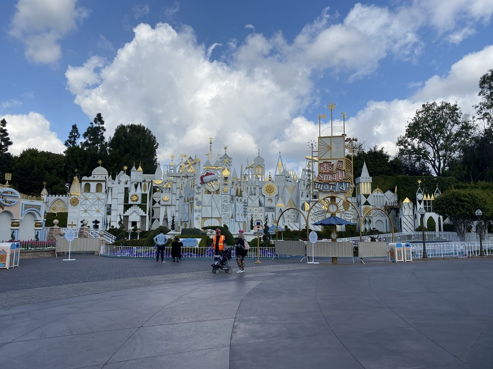 small world refurb