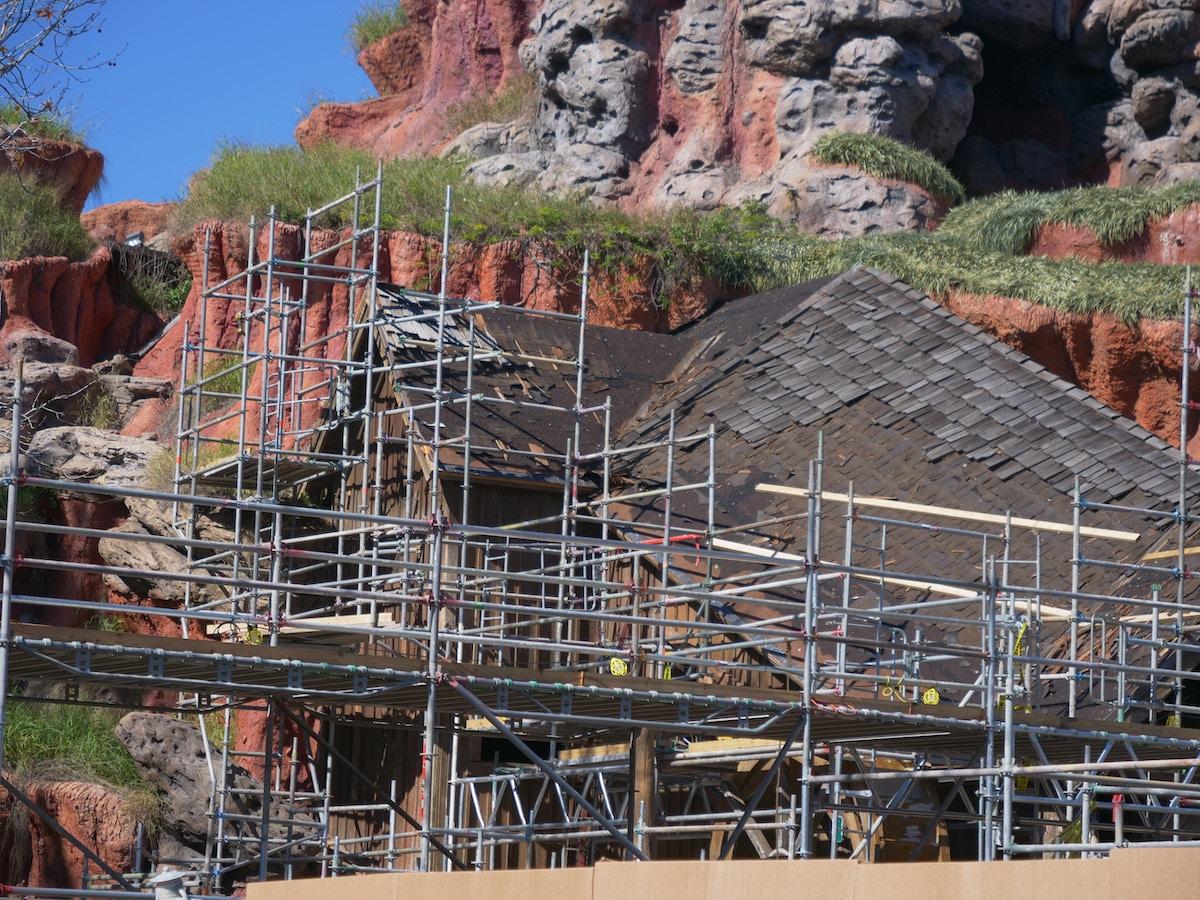 Splash Mountain Refurbishment Roof Shingle Work