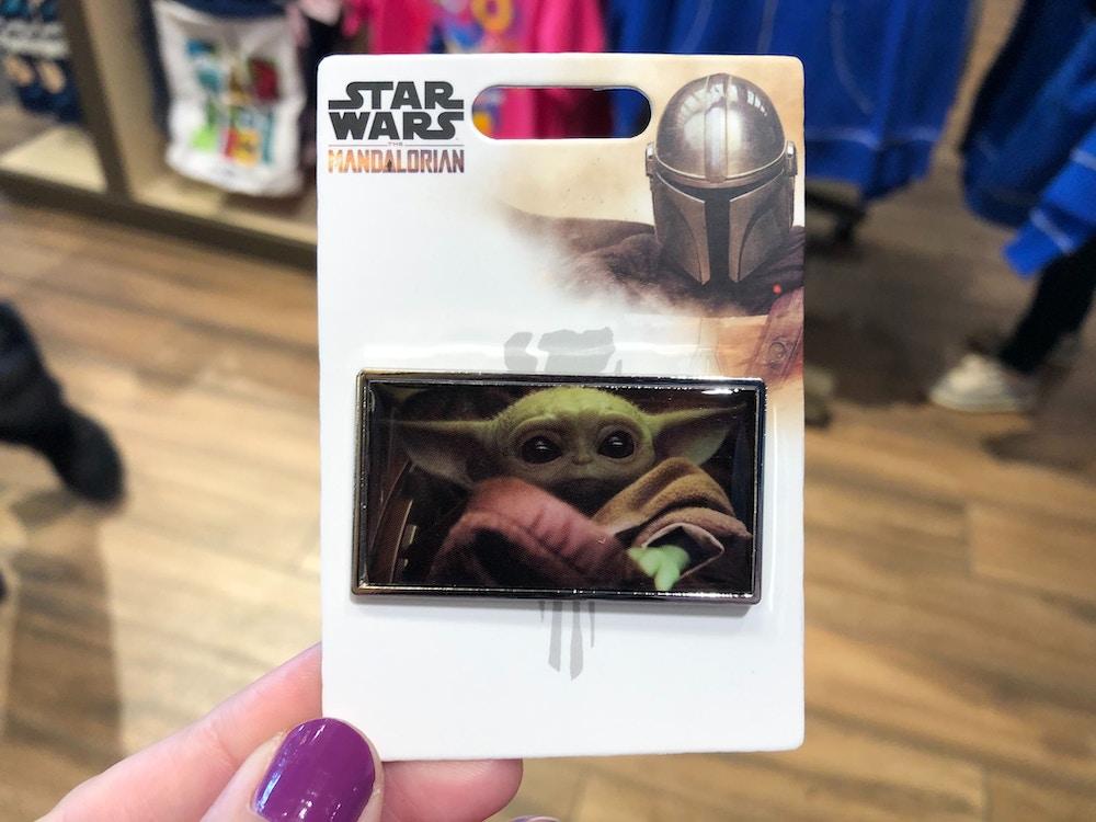 baby yoda pin