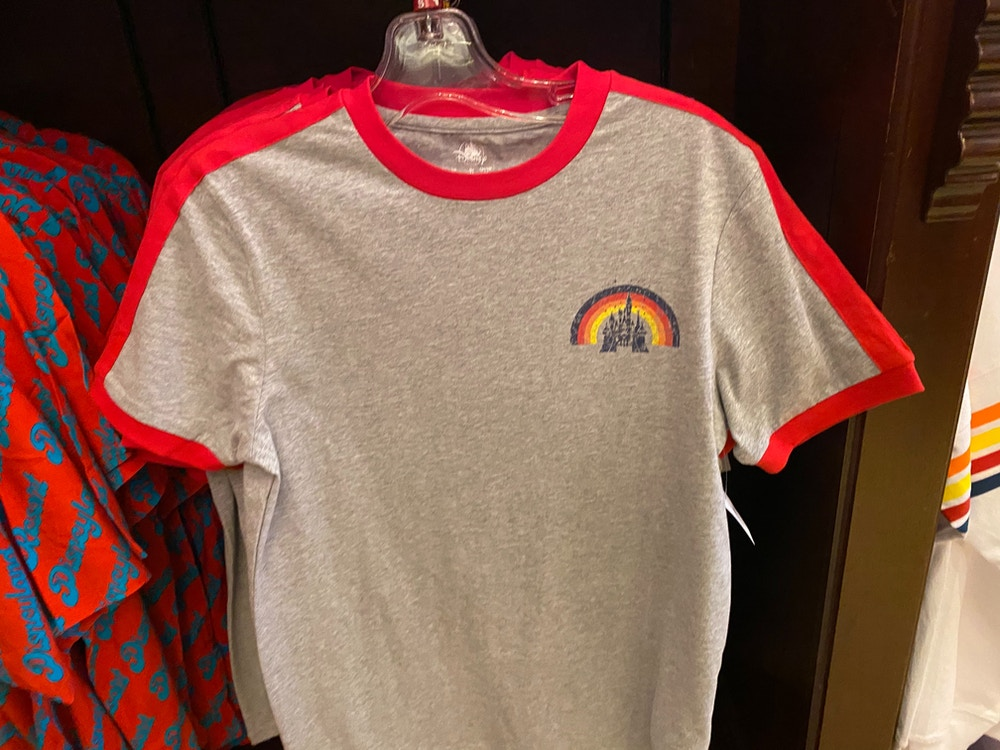 disneyland-retro-merchandise-01-25-2020-shirt-front.jpg