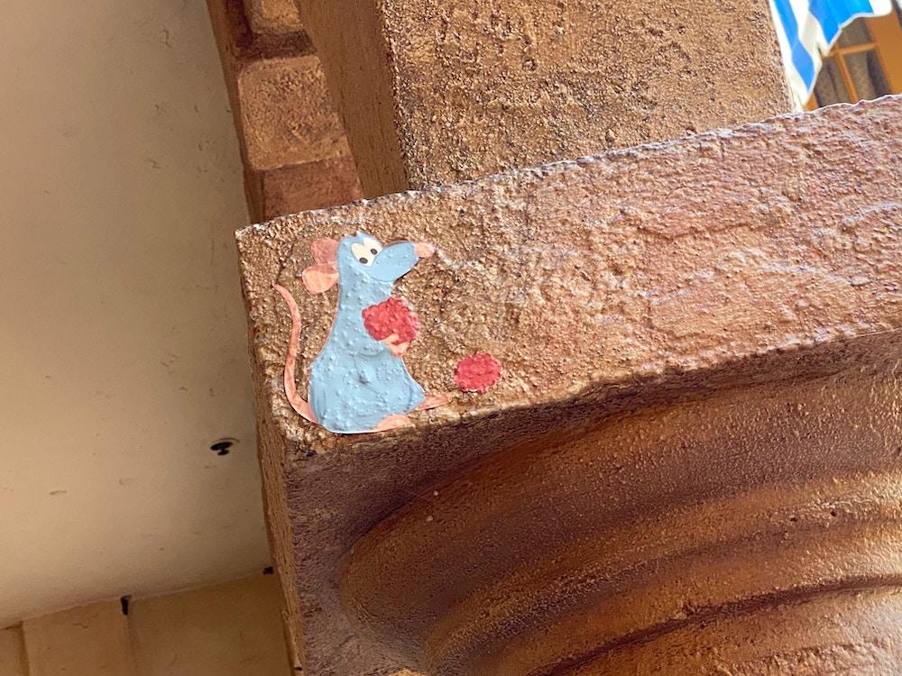 epcot-wall-art-france-remmy.JPG