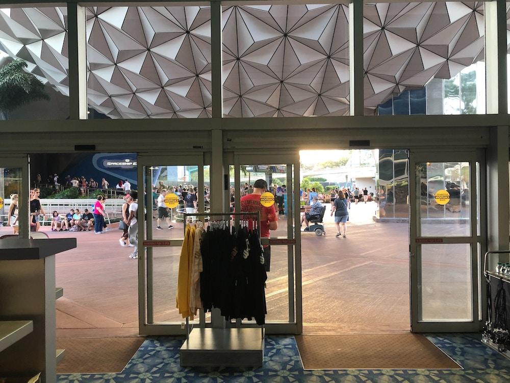gateway-gifts-closing-2020-interior-11.jpg