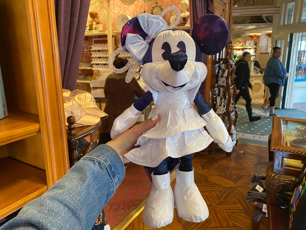minnie-main-attraction-space-mountain-plush.jpg