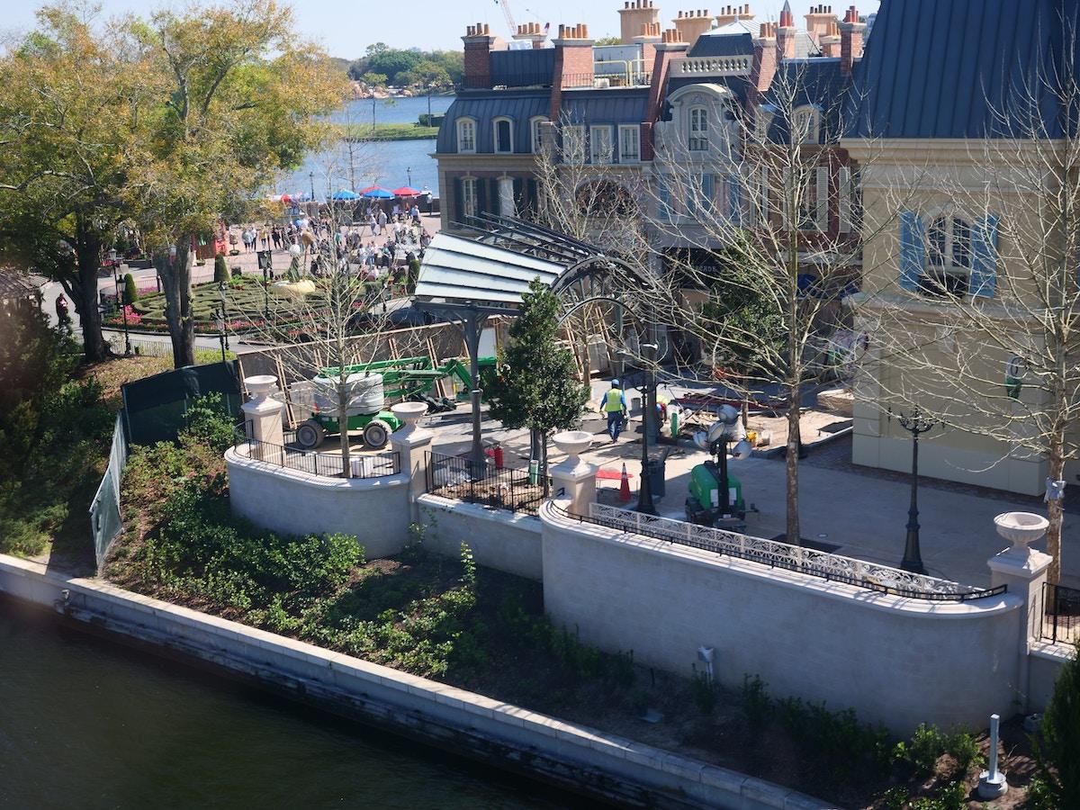 France Pavilion Construction