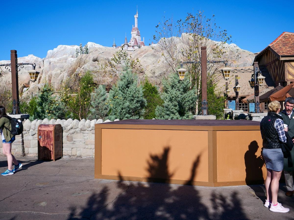 Fantasyland Construction Box