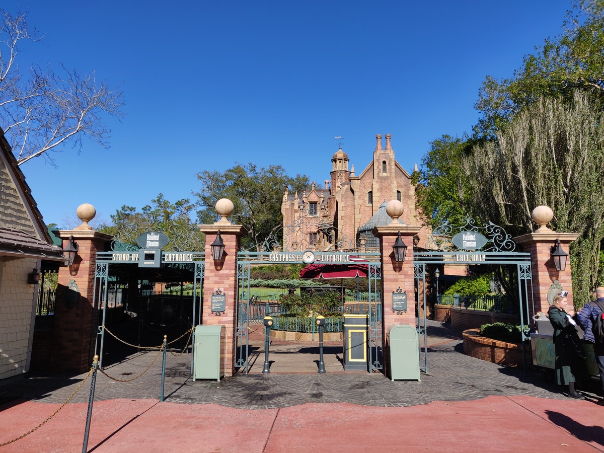 Haunted Mansion Temporarily Closed
