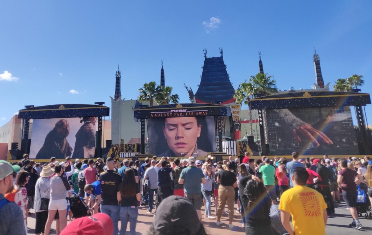 Star Wars Courtyard Show