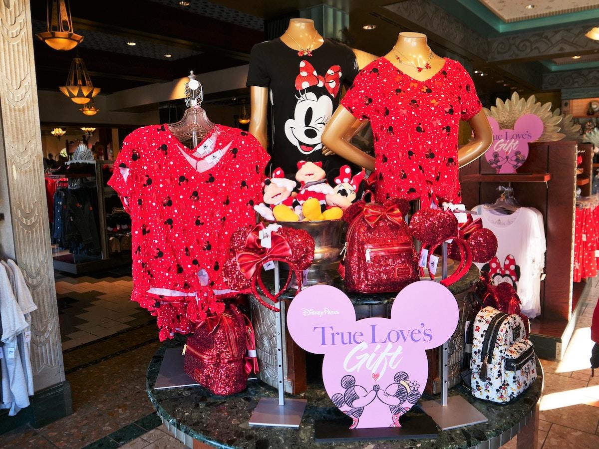 Valentine's Day Apparel Display