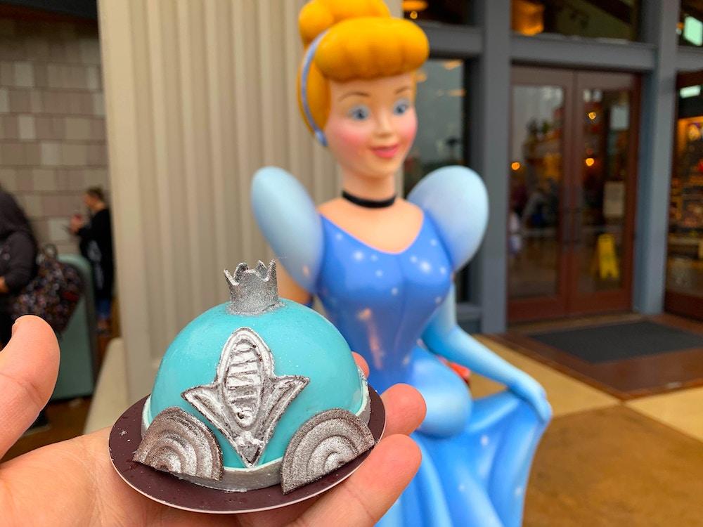 cinderellas-carriage-cake-02-02-2020-4.jpg