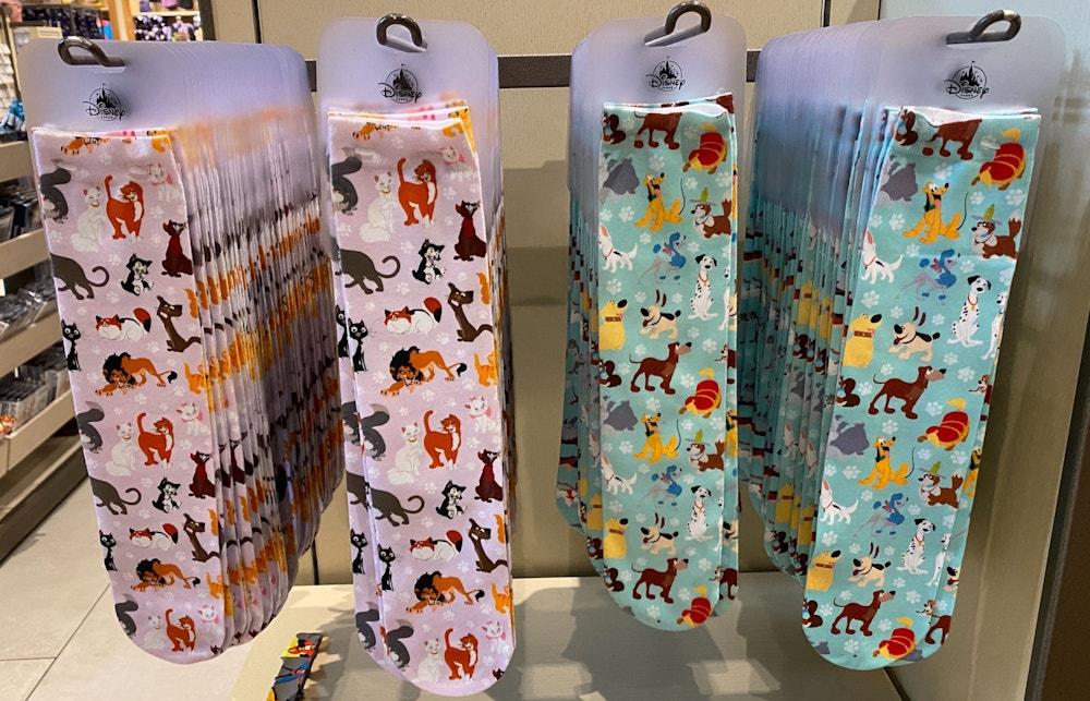 disney-dogs-cats-socks-disneyland-02-23-2020-4.jpg