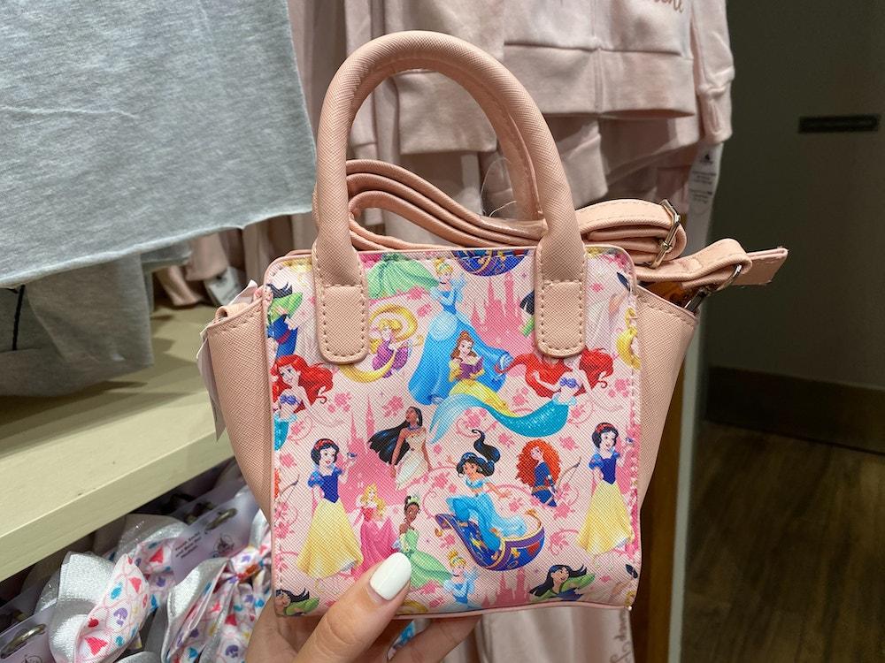 disneyland-princess-kids-merchandise-02-16-2020-1.jpg