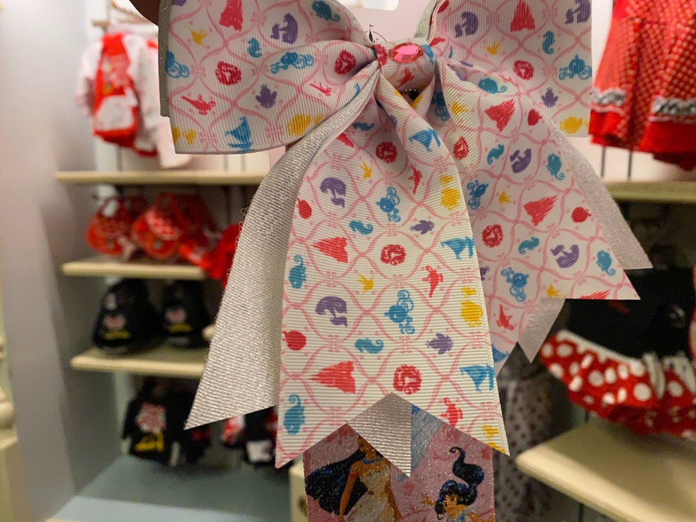 disneyland-princess-kids-merchandise-02-16-2020-5.jpg