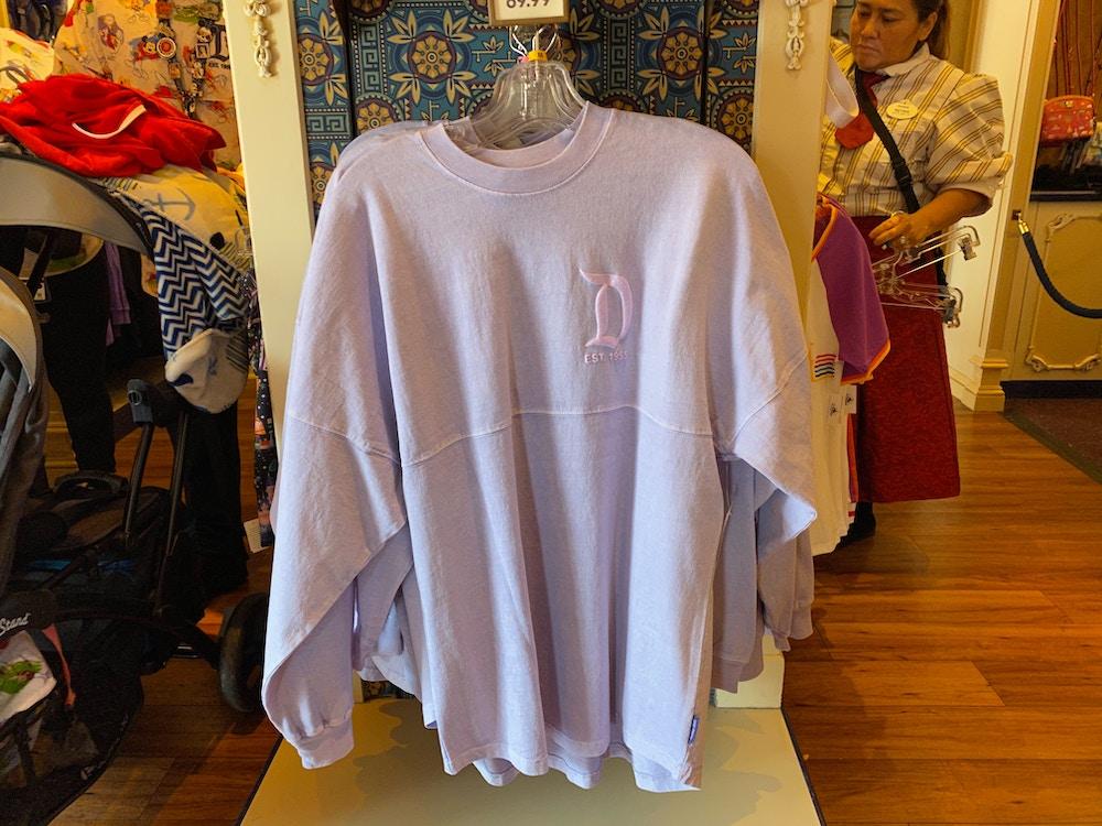 disneyland-spirit-jersey-lavender-balloon-02-23-2020-4.jpg
