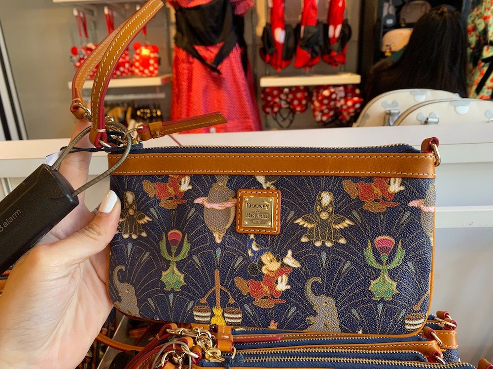 fantasia-dooney-and-bourke-disneyland-02-15-2020-12.jpg
