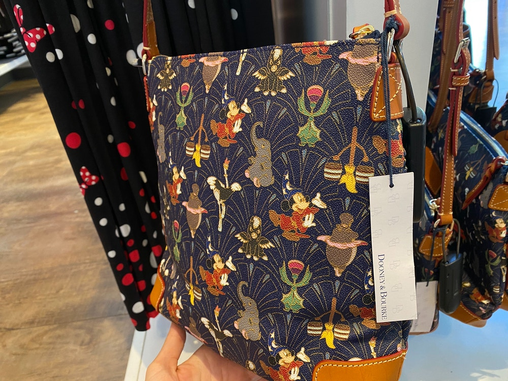 fantasia-dooney-and-bourke-disneyland-02-15-2020-2.jpg