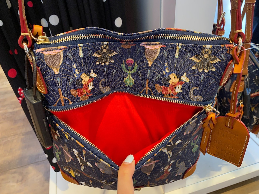 fantasia-dooney-and-bourke-disneyland-02-15-2020-3.jpg