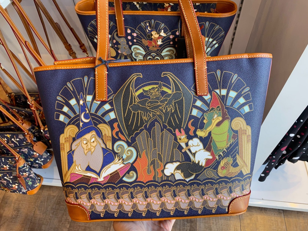 fantasia-dooney-and-bourke-disneyland-02-15-2020-7.jpg