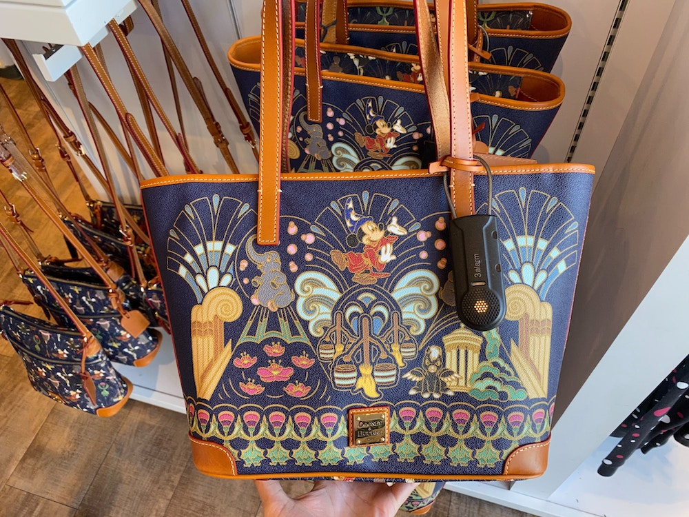 fantasia-dooney-and-bourke-disneyland-02-15-2020-8.jpg