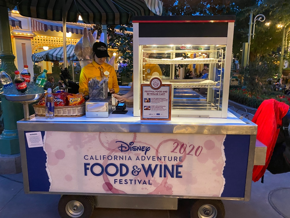 festival food and beverage cart