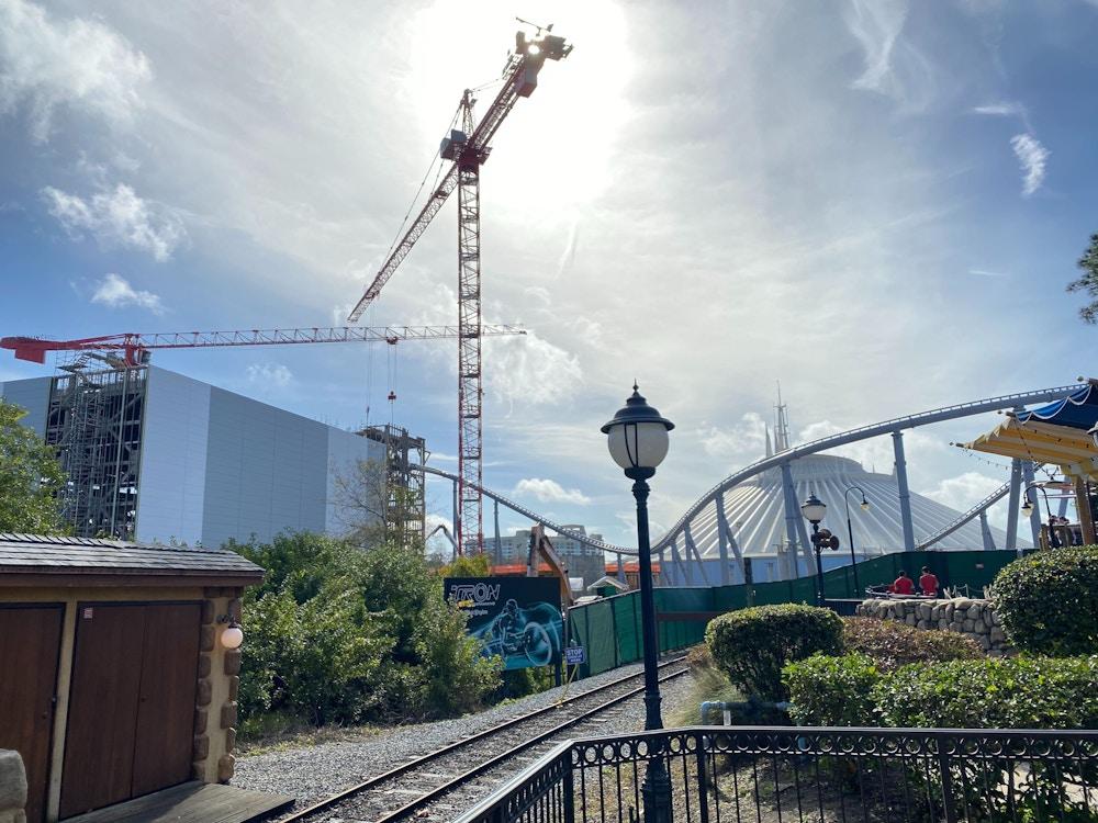 tron_Construction