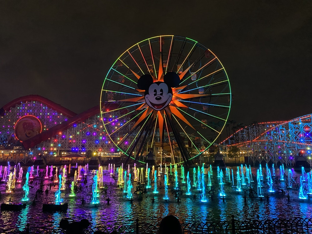 World Of Color Halloween 2020 WATCH: Relive World of Color: Season of Light at Disney California
