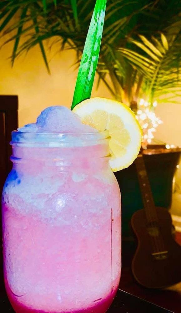 "Homemade Copycat Epcot & # 039; s Violet Lemonade ""width ="" 256 ""height ="" 442 ""data-lazy-src ="" https: // wdwnt-buzzy.imgix.net/2020/03/Violet-Lemonade.jpg?auto=compress%2Cformat&fit=scale&h=1000&ixlib=php-1.2.1&q=84&w=579&wpsize=medium&is-pending-load=1 ""> <noscript> <img class="